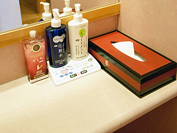 洗面所の化粧品